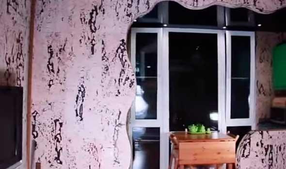 Пробковые панели для стен в интерьере квартиры