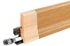 Монтаж деревянного плинтуса на клипсы