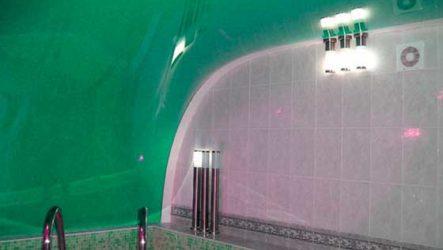 Натяжной потолок в ванной комнате – идеальное решение дизайна