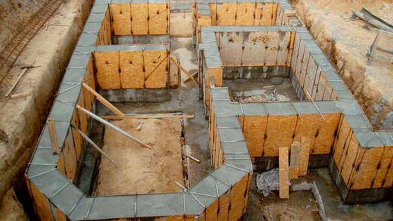 Опалубка для фундамента здания из ОСБ плит