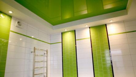 Натяжной потолок в ванной: выбор материала