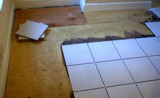 Плитка на деревянный пол