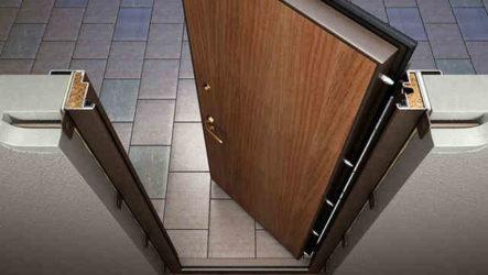 Какую дверь поставить в квартиру
