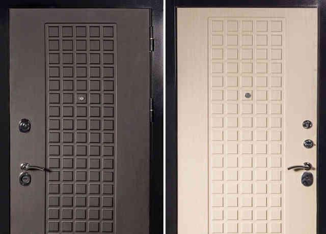 Пластиковая или деревянная панель-накладка