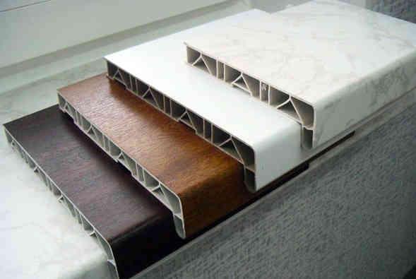 Поверхность ПВХ может иметь любой цвет и структуру